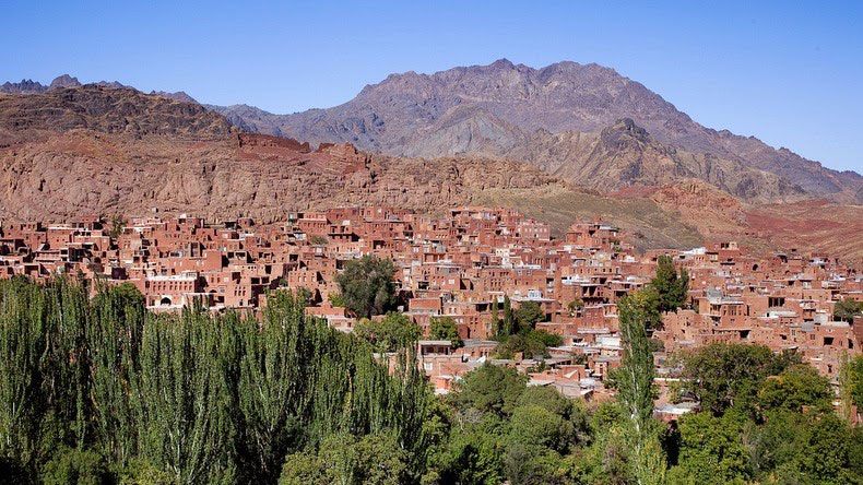 Places you must see in Iran: -Abyaneh